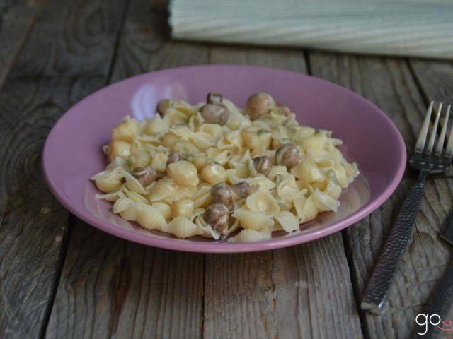 Pâtes aux pétoncles et champignons