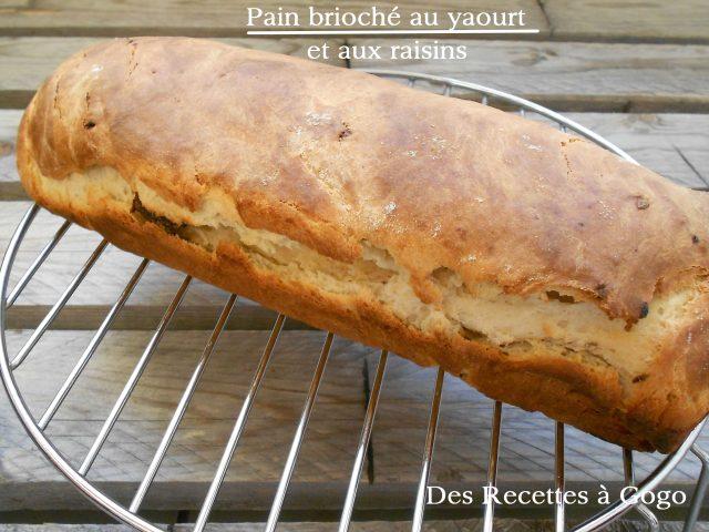 Pain brioché au yaourt et aux raisins