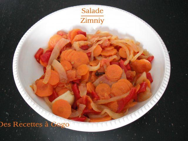 Salade Zimniy avec des tomates vertes