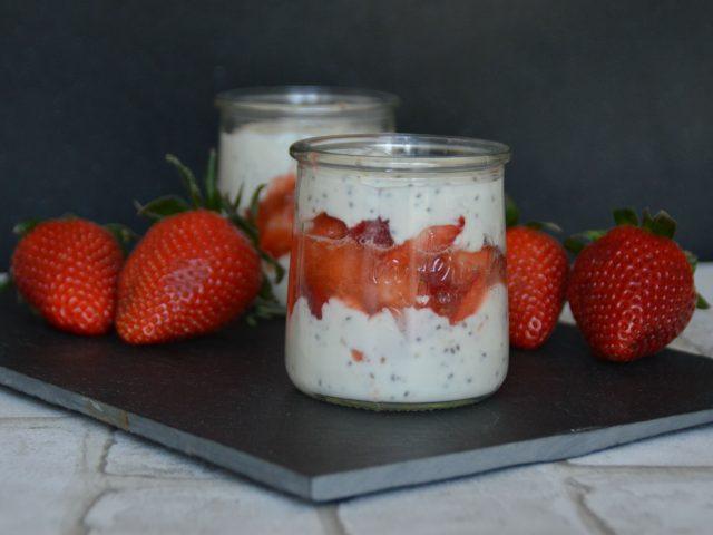 Trifle fraise banane graine de chia