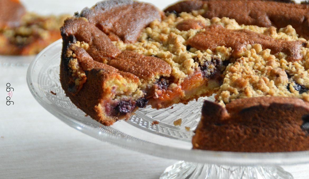 Crumbcake pêches abricots myrtilles