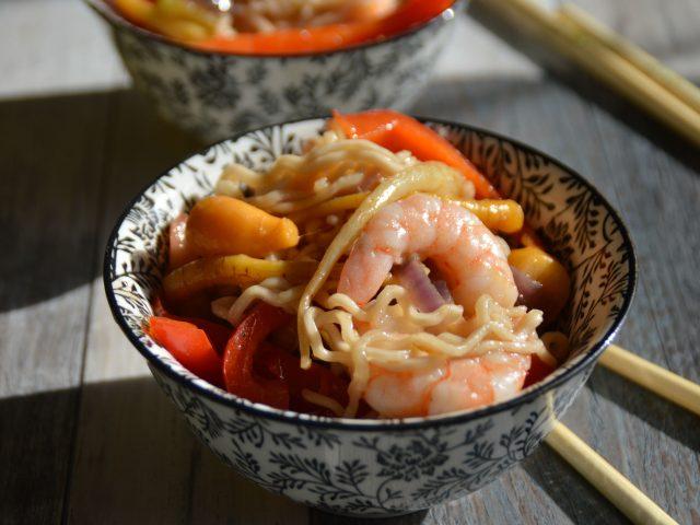 wok de légumes crevettes
